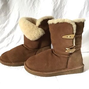 BearPaw Abigail Winter Suede Toggle Boots